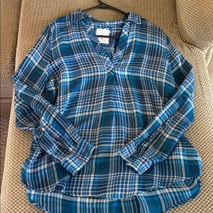 V-neck Flannel